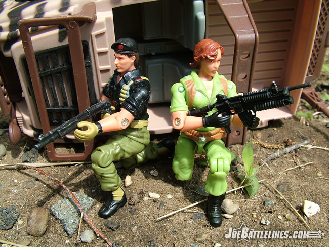 Lady Jaye & Flint - under fire